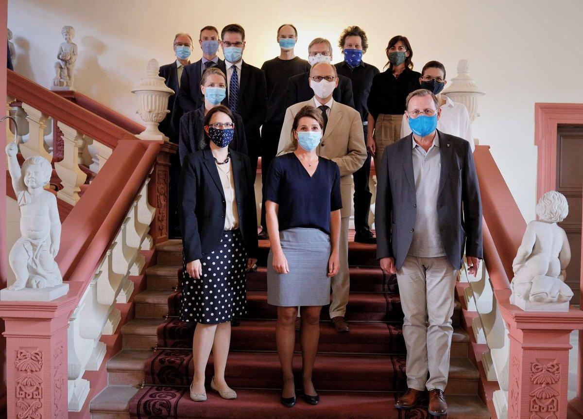 Gruppenfoto des Wissenschaftlichen Beirats in der Staatskanzlei