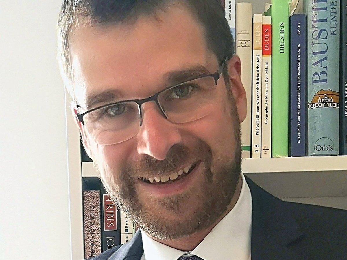 Poträt von Prof. Dr. Sebastian Henn