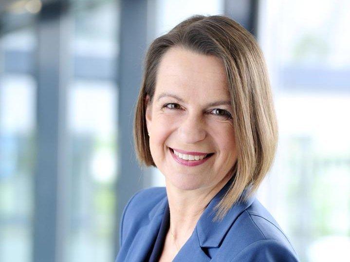 Ein Profilbild von Staatssekretärin Dr. Babette Winter.